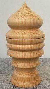 Dose aus altem Fichtenholz, 8 x 15,5 cm