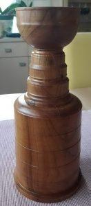 Stanley Cup aus Kirsche und Birke
