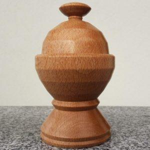 Dose aus Rotbuchenholz, 9,5 x 15,5 cm