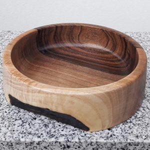 Schale aus Walnuss 18 x 4,5 cm
