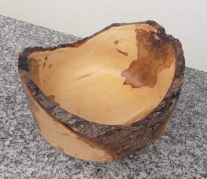 Schale aus altem Apfel