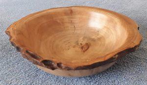 Schale aus altem Ahornholz 21 bis 25 x 6,5 cm