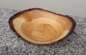 Schale aus Traubenkirsche 13 bis 17 x 5,5 cm