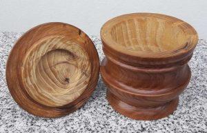 Bonbonniere aus Dirndlholz (Kornellkirsche)