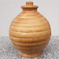 Kugel-Bonbonniere aus Eschenholz