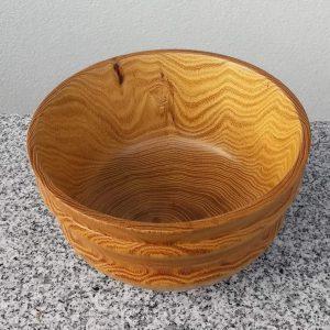 Tiefe Schale aus Robinie 18 x 10,5 cm