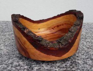 Schälchen aus altem Zwetschkenholz