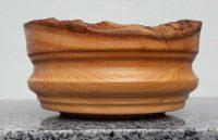 Schale aus Kirschenholz