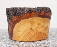 Becher aus Marillen- und Kirschenholz 12,5 x 8 cm