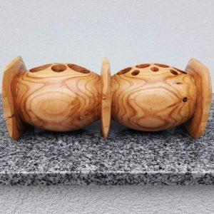 Doppel-Kugel- Würfelbecher aus Marillenholz 26 x 10 cm