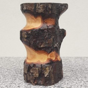 Rustikaler Becher aus altem Birnenholz, 10 x 14 cm
